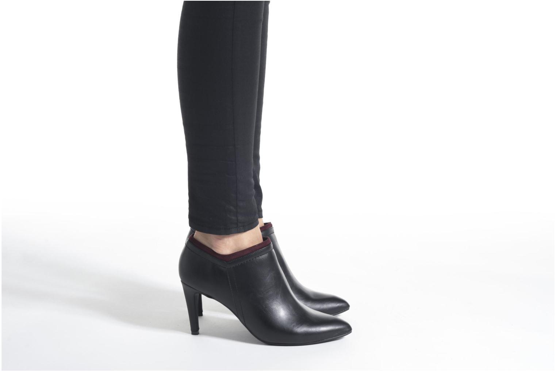 Bottines et boots Divine Factory Adatara Gris vue bas / vue portée sac