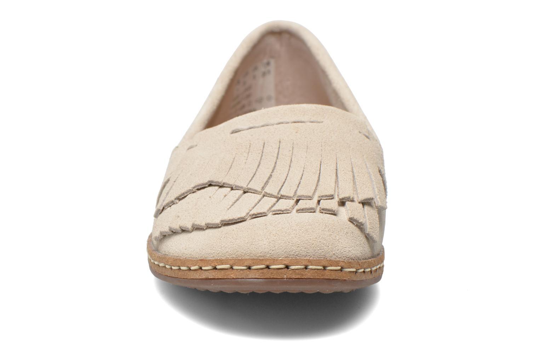 Mocassins Hush Puppies Anza Piper Beige vue portées chaussures