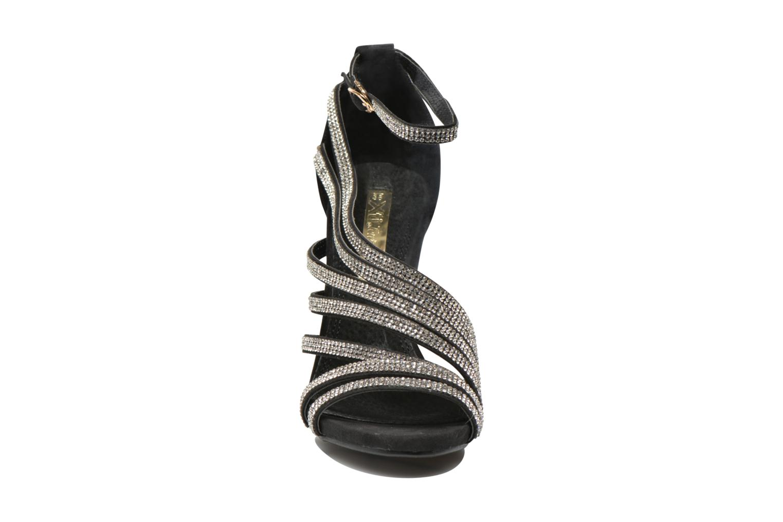 Sandales et nu-pieds Xti Navagio Noir vue portées chaussures
