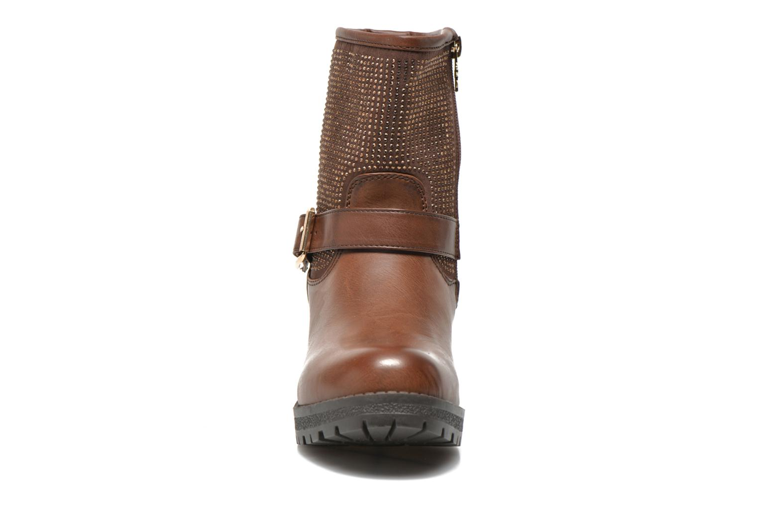 Ankle boots Xti Livadi Brown model view