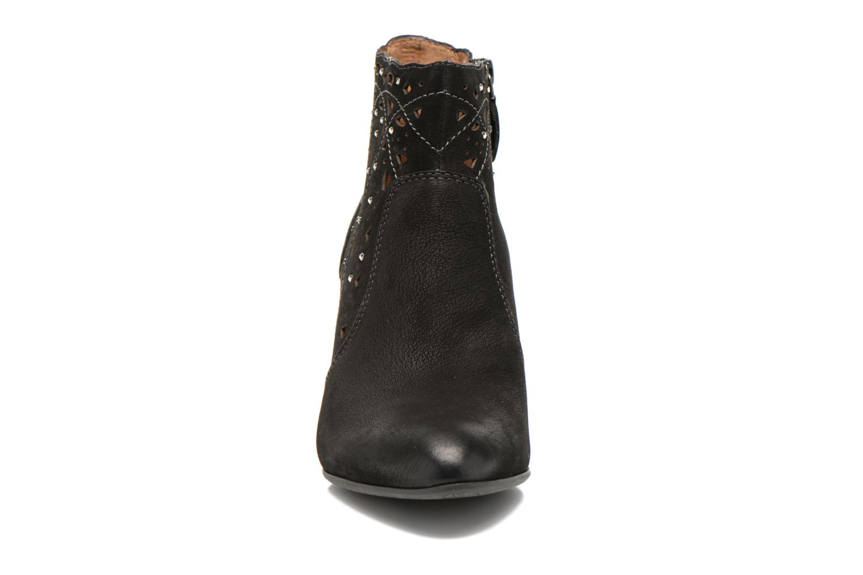 Ankle boots Tamaris Cara Black model view