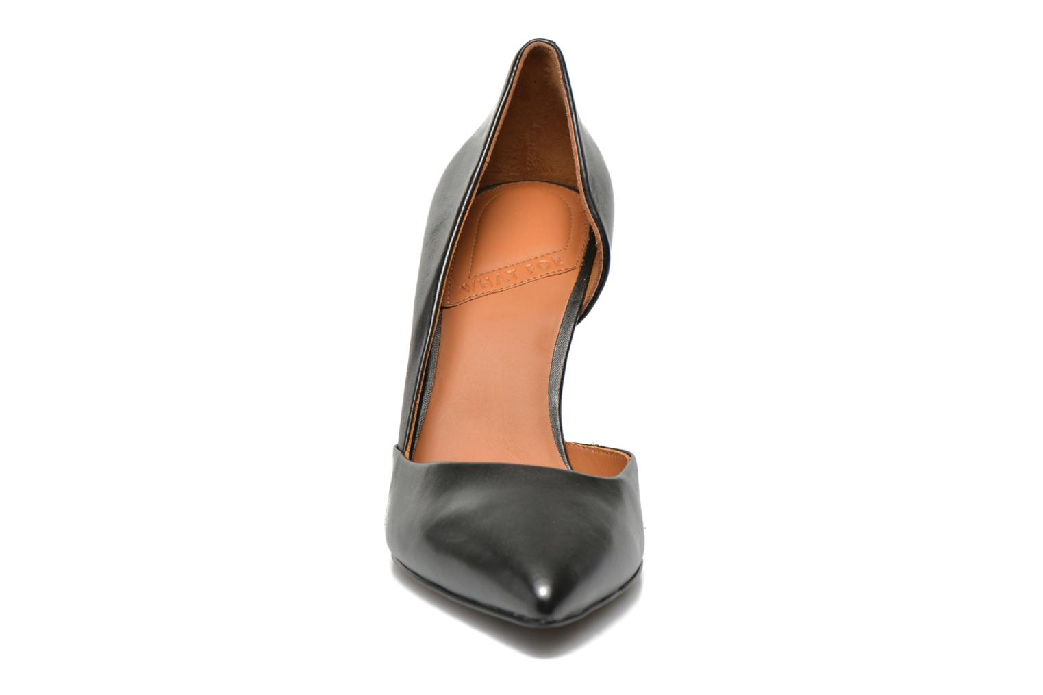High heels What For Maney Black model view