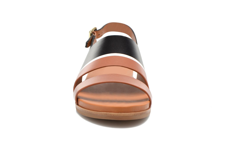 Sandales et nu-pieds What For Charm Noir vue portées chaussures