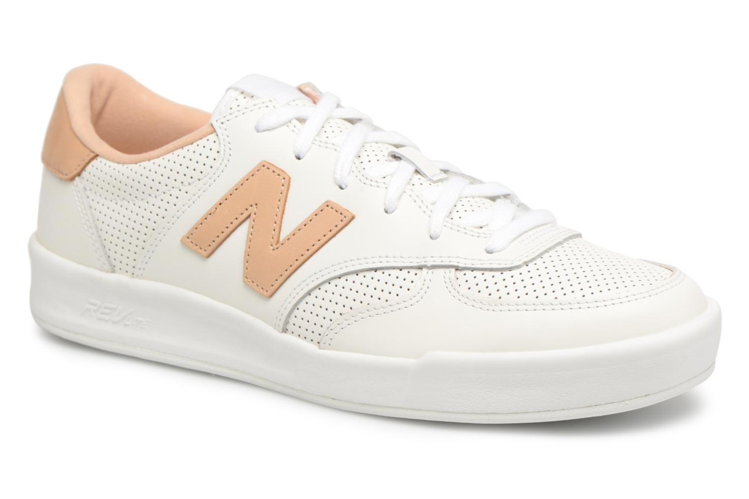 Trainers New Balance CRT300 White detailed view/ Pair view