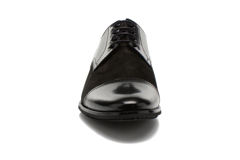 Chaussures à lacets Lagerfeld Etienne by Lagerfeld Noir vue portées chaussures