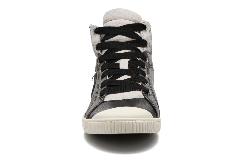 Baskets Pataugas Bosco F Noir vue portées chaussures