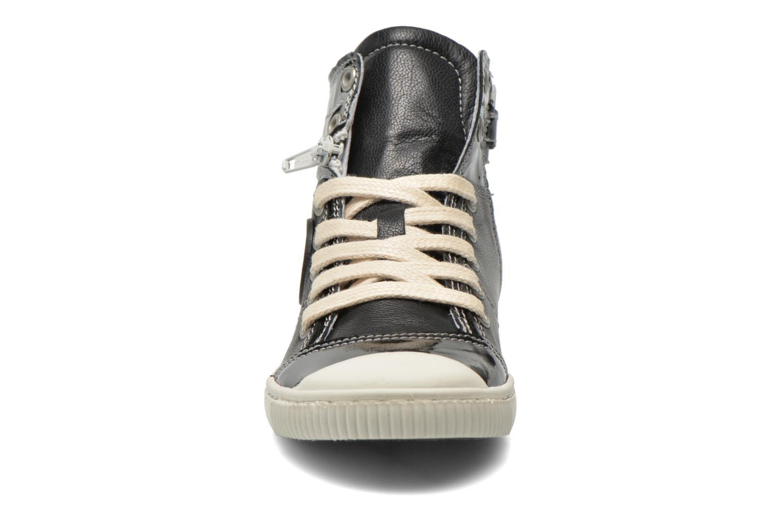 Baskets Pataugas Banjou J Noir vue portées chaussures