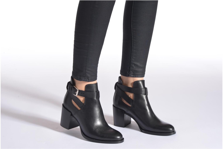 Stiefeletten & Boots Minelli F80 801 schwarz ansicht von unten / tasche getragen
