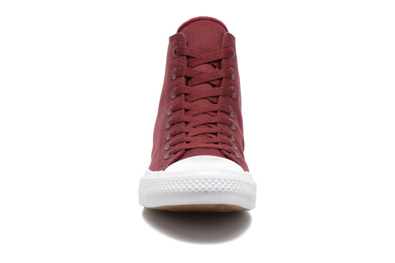 Sneaker Converse Chuck Taylor All Star II Hi M weinrot schuhe getragen