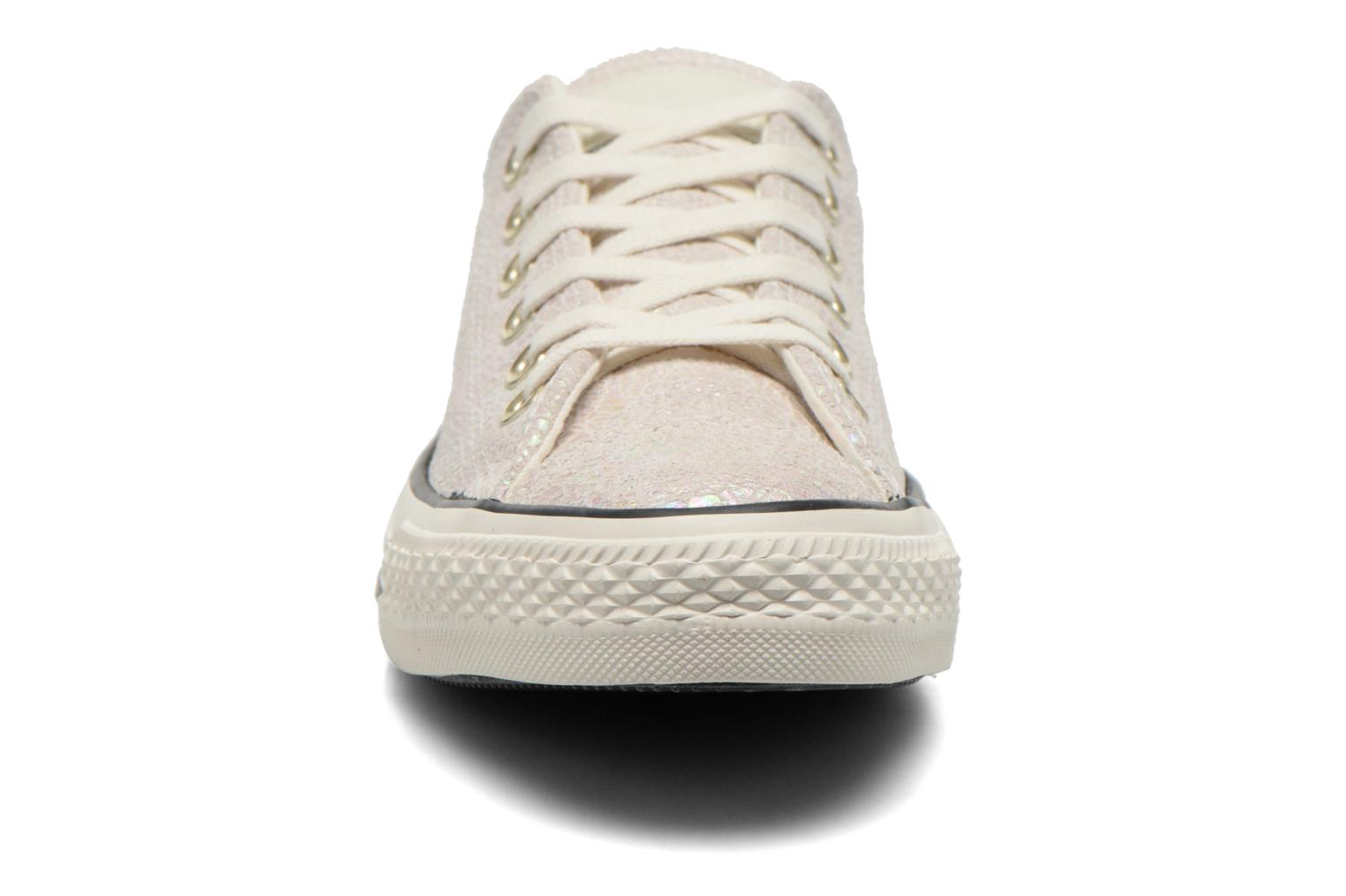 Baskets Converse Chuck Taylor All Star Ox Oil Slick Leather W Blanc vue portées chaussures