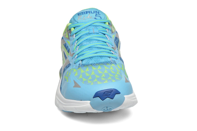 Chaussures de sport Skechers Go Run Ride 5 13997 Bleu vue portées chaussures