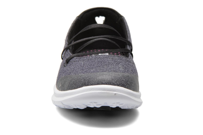 Bailarinas Skechers Go Step - Pose 14209 Negro vista del modelo