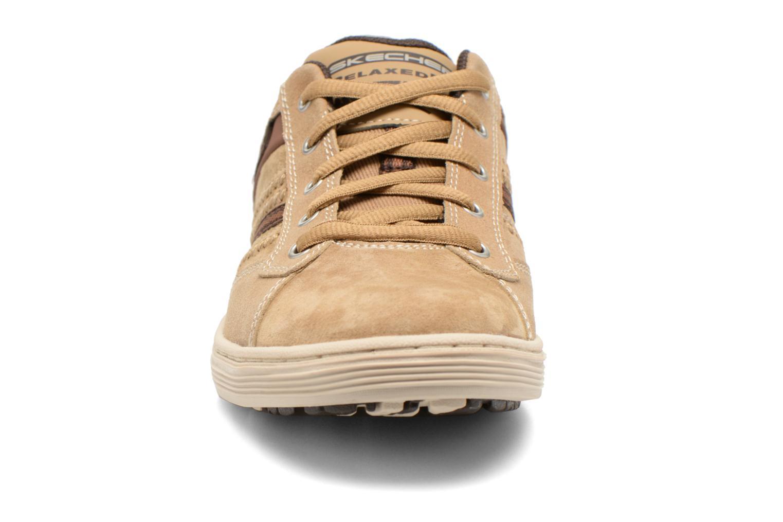 Sneaker Skechers Sorino- Evole 64633 beige schuhe getragen