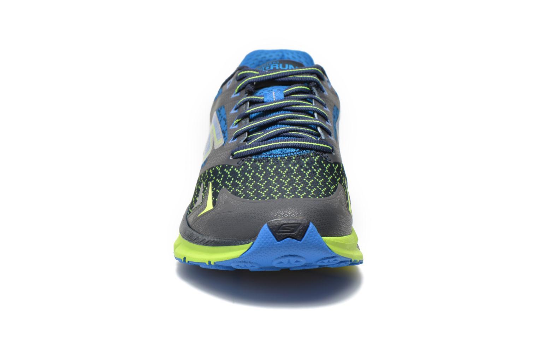 Chaussures de sport Skechers Go Run Forza 54105 Bleu vue portées chaussures