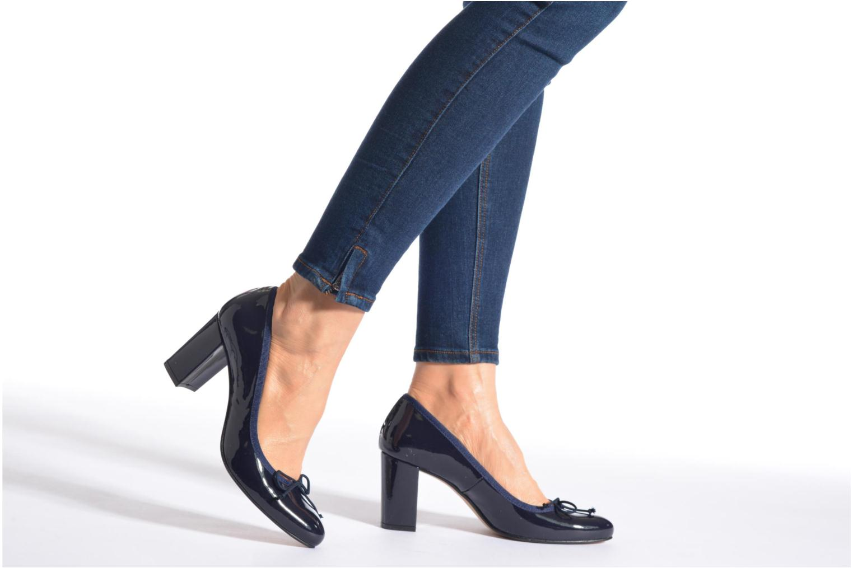 High heels Georgia Rose Sabib Black view from underneath / model view
