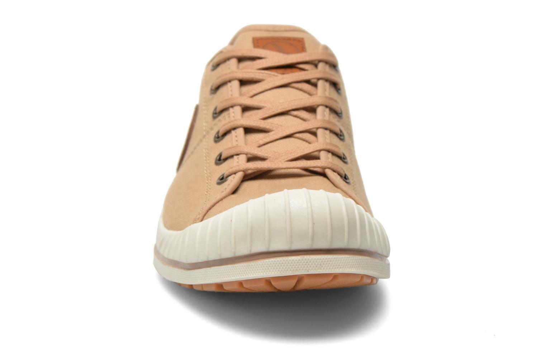 Sneaker Aigle Kitangiri beige schuhe getragen