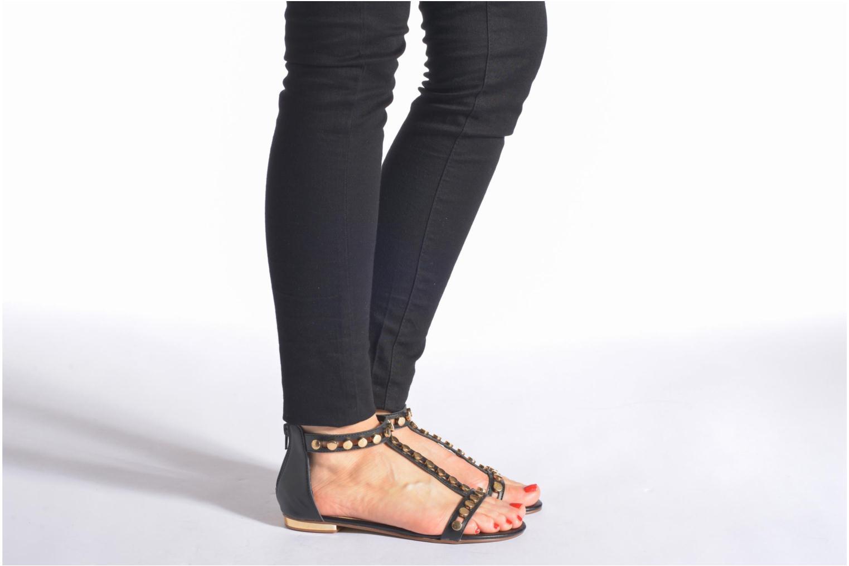 Sandalen San Marina Carville schwarz ansicht von unten / tasche getragen