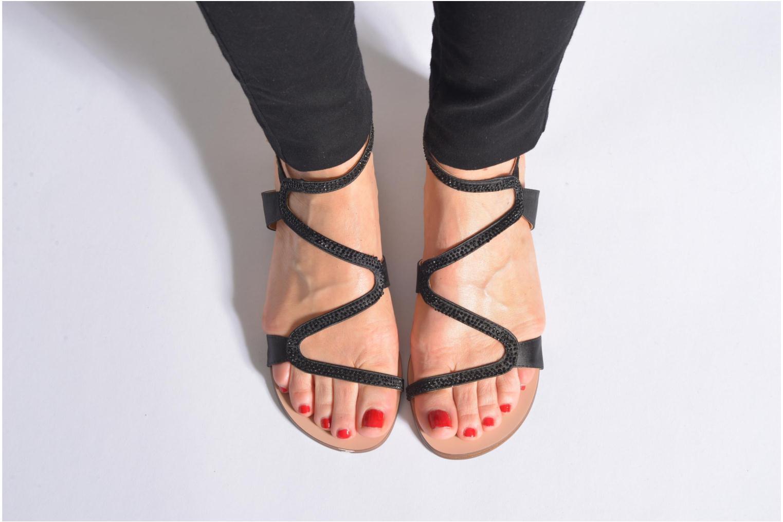 Sandales et nu-pieds San Marina Chapka Noir vue bas / vue portée sac