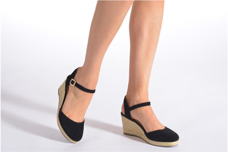 Sandales et nu-pieds San Marina Coquille Noir vue bas / vue portée sac