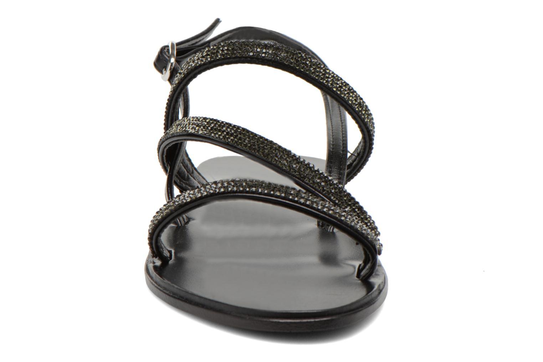 Sandales et nu-pieds André Night Noir vue portées chaussures
