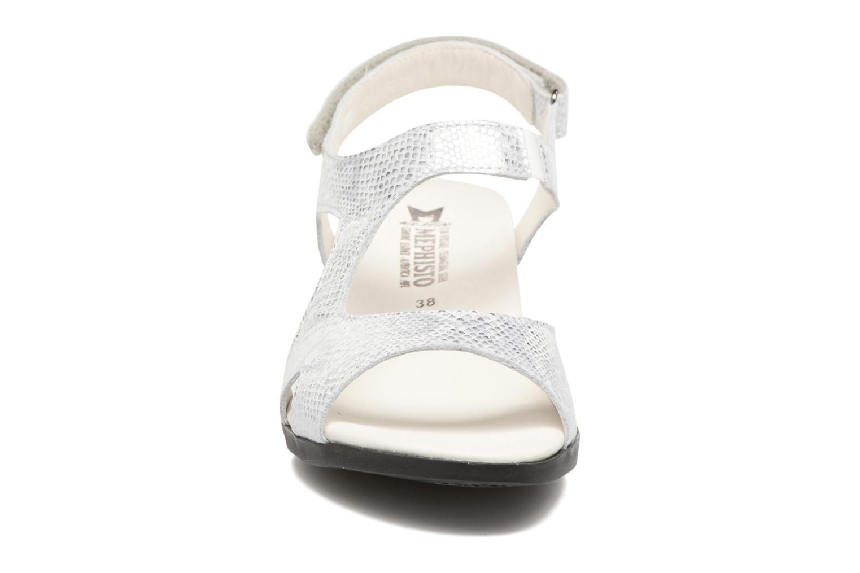 Sandales et nu-pieds Mephisto CINDY Argent vue portées chaussures