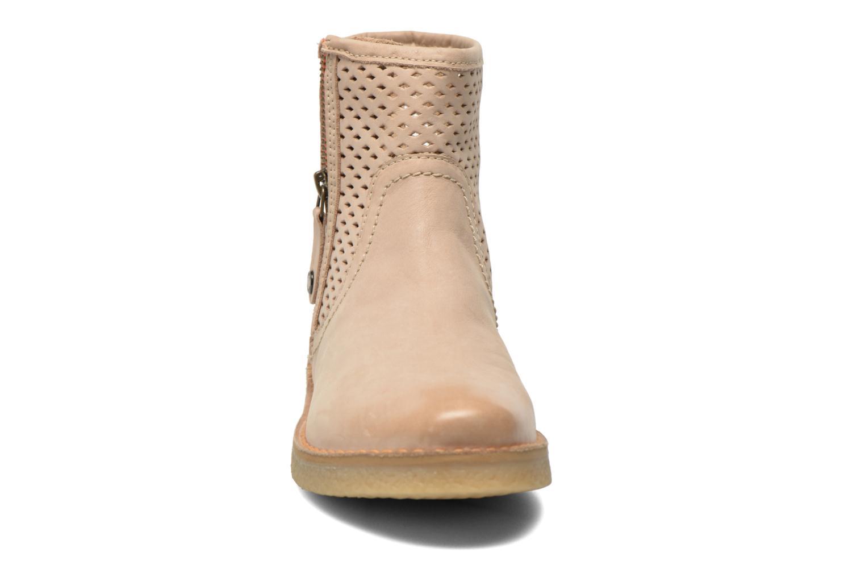 Bottines et boots Geox D Wilder D52L3B Beige vue portées chaussures