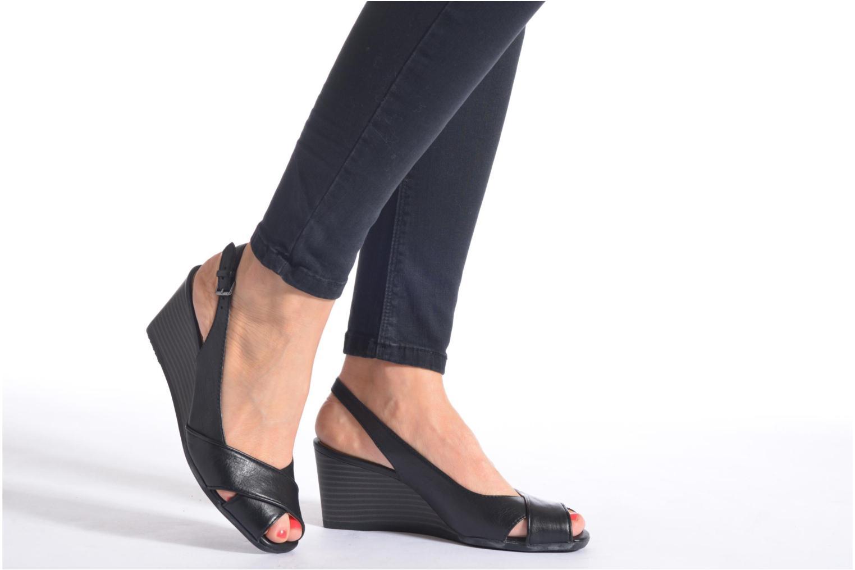 Sandales et nu-pieds Geox D Consuelo D5282B Bleu vue bas / vue portée sac