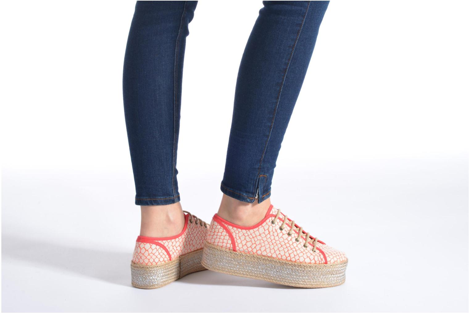 Lace-up shoes Ippon Vintage Snake Sun Yellow view from underneath / model view