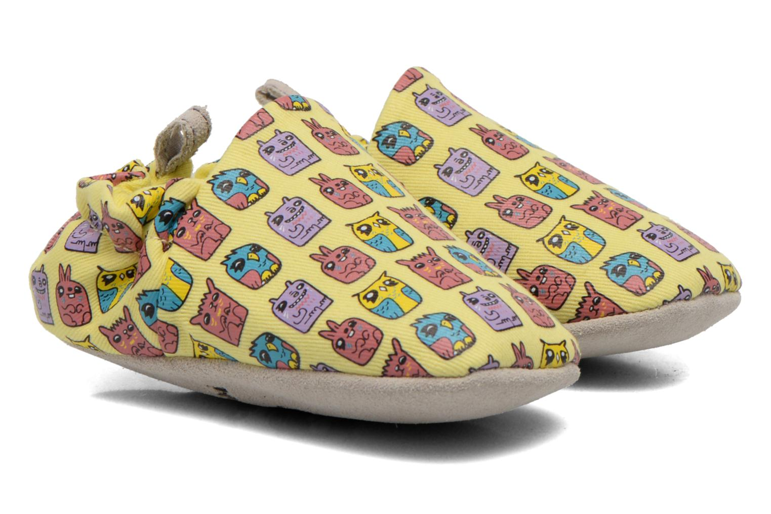 Slippers Poco Nido ANIMAL CUBES Yellow detailed view/ Pair view