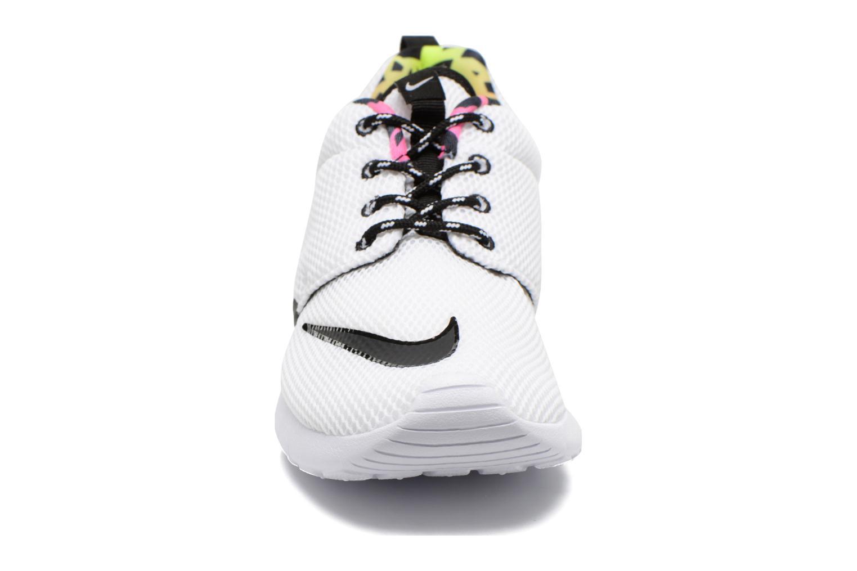 Nike Roshe One Fb (Gs) White Black-Volt-Pink Blast