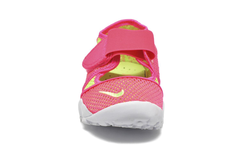 Deportivas Nike Rift Br (GsPs Girls) Rosa vista del modelo