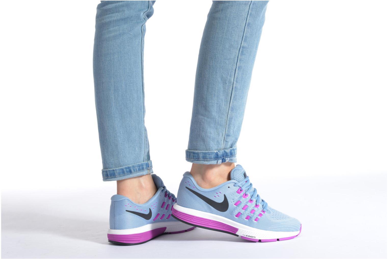Chaussures de sport Nike Wmns Nike Air Zoom Vomero 11 Bleu vue bas / vue portée sac