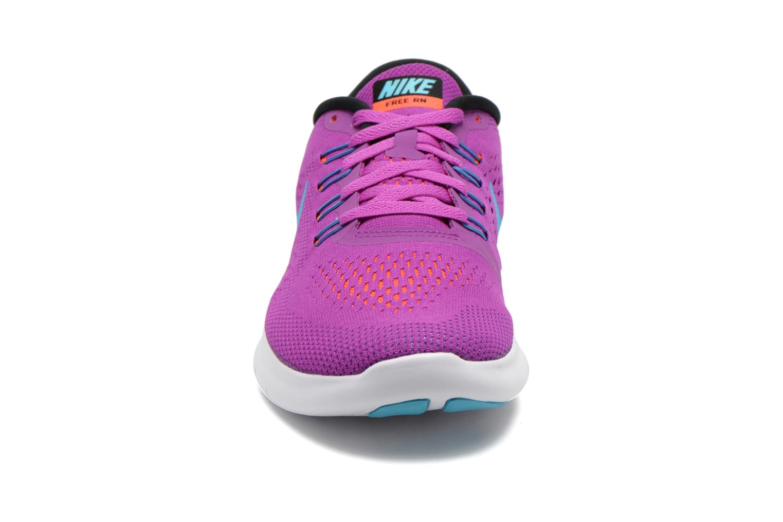 Zapatillas de deporte Nike Wmns Nike Free Rn Violeta      vista del modelo