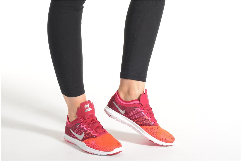 Chaussures de sport Nike Wmns Nike Flex Adapt Tr Gris vue bas / vue portée sac
