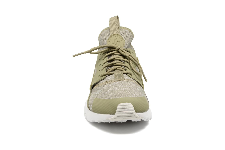 Baskets Nike Nike Air Huarache Run Ultra Br Vert vue portées chaussures