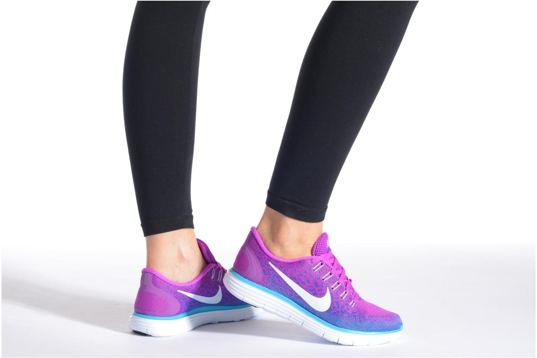Chaussures de sport Nike Wmns Nike Free Rn Distance Violet vue bas / vue portée sac