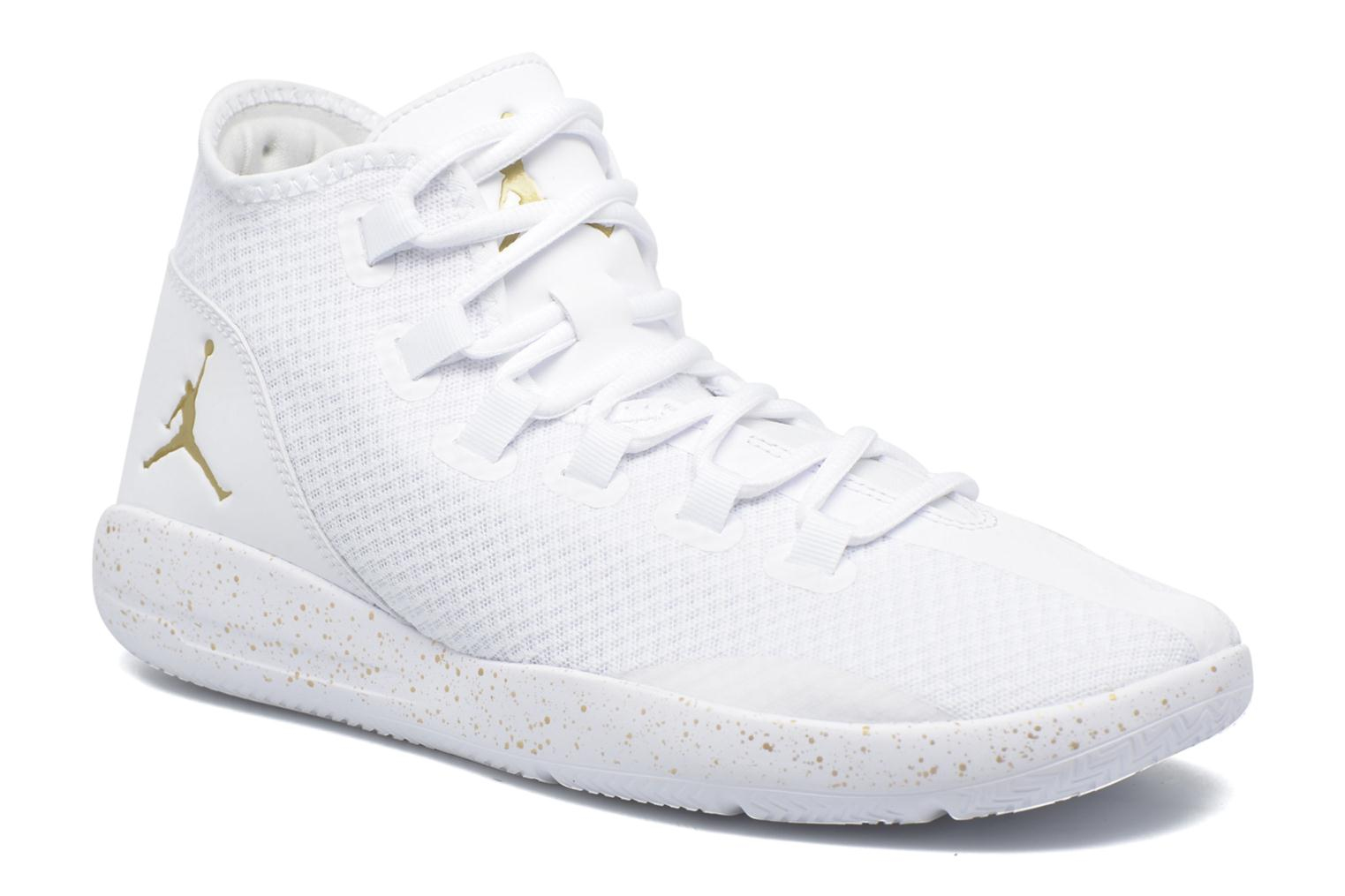 Lace-up shoes Jordan Jordan Reveal White detailed view/ Pair view