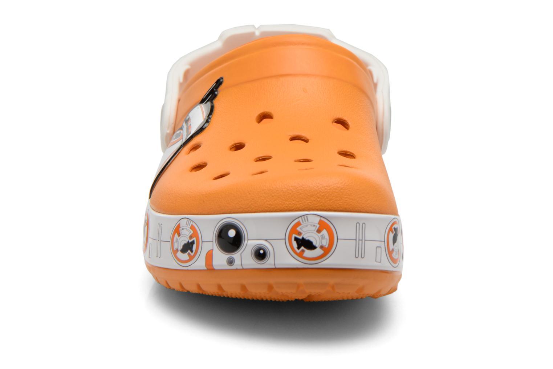 Sandalias Crocs CB Star Wars Hero Clog K Naranja vista del modelo