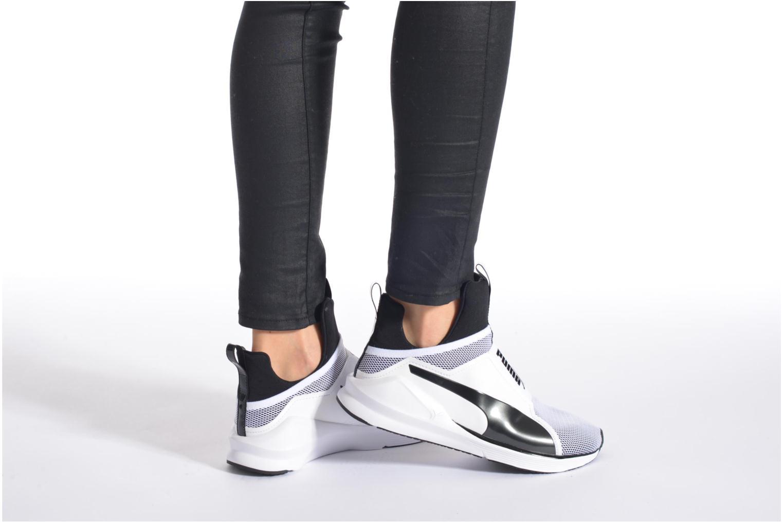 Chaussures de sport Puma WNS Fierce Core Noir vue bas / vue portée sac