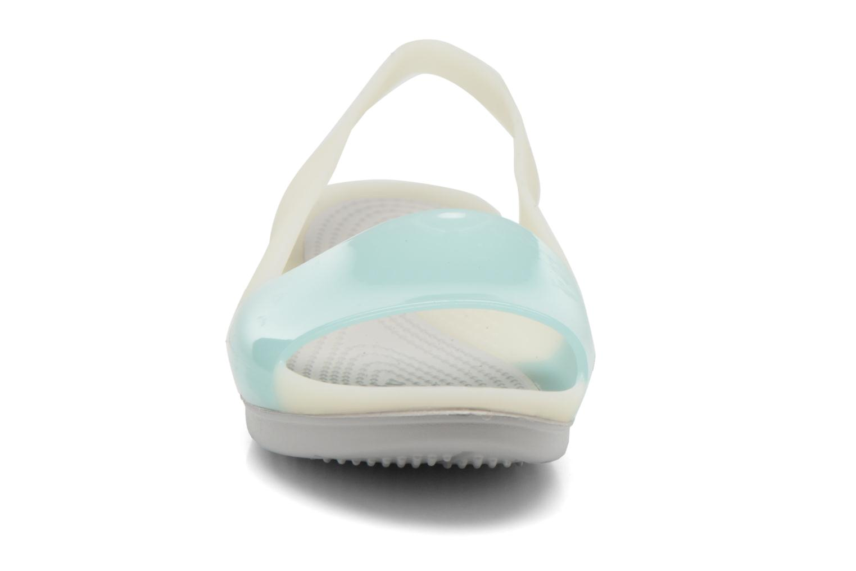 Sandales et nu-pieds Crocs ColorBlock Flat W Bleu vue portées chaussures