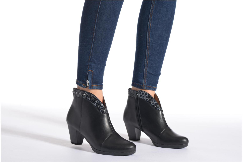 Stiefeletten & Boots Sweet Tuiter braun ansicht von unten / tasche getragen