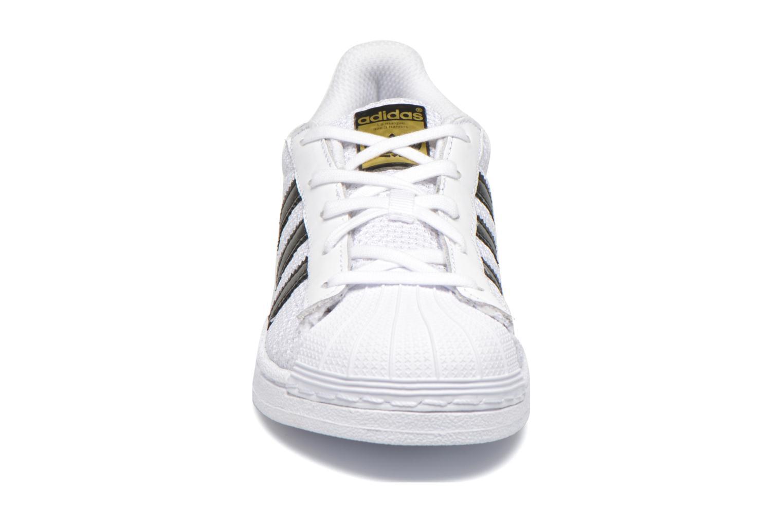 Baskets Adidas Originals superstar CF C Blanc vue portées chaussures