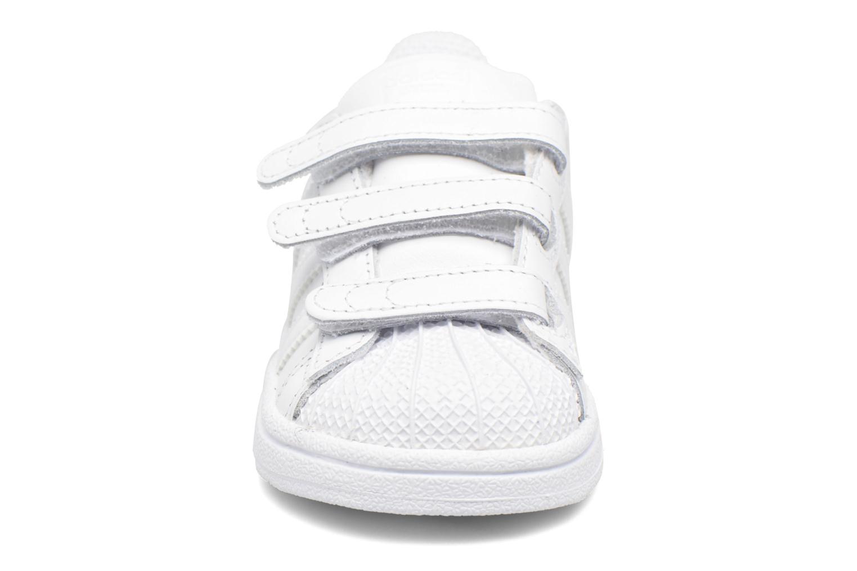 Deportivas Adidas Originals Superstar CF I Blanco vista del modelo