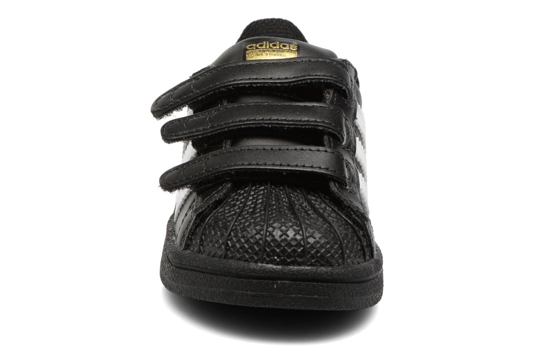 Sneaker Adidas Originals Superstar CF I schwarz schuhe getragen