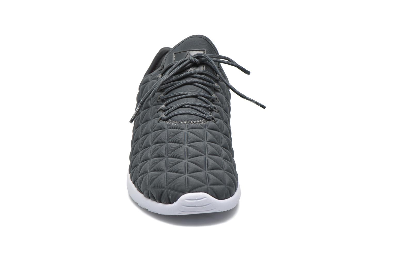 Baskets Asfvlt Speed Socks Marron vue portées chaussures