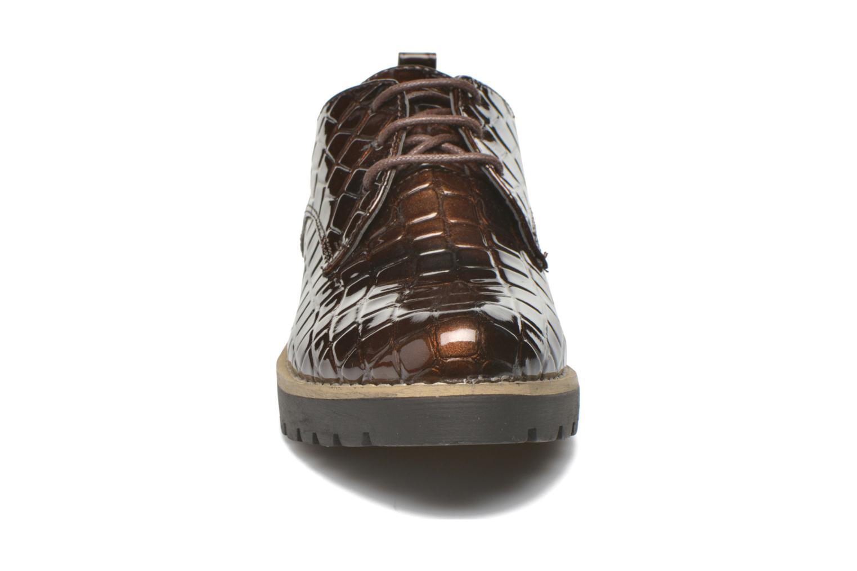Schnürschuhe I Love Shoes Thada braun schuhe getragen