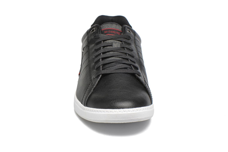 Baskets Le Coq Sportif Courtcraft S Lea-2 Tones Noir vue portées chaussures