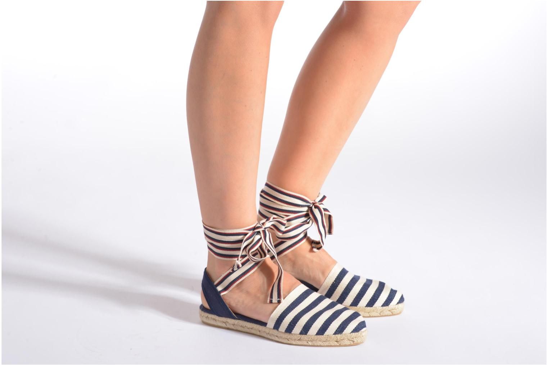 Sandales et nu-pieds Georgia Rose Dalore Beige vue bas / vue portée sac