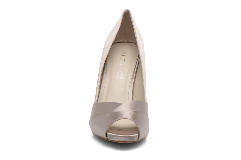 Escarpins Aldo Scibilia Or et bronze vue portées chaussures