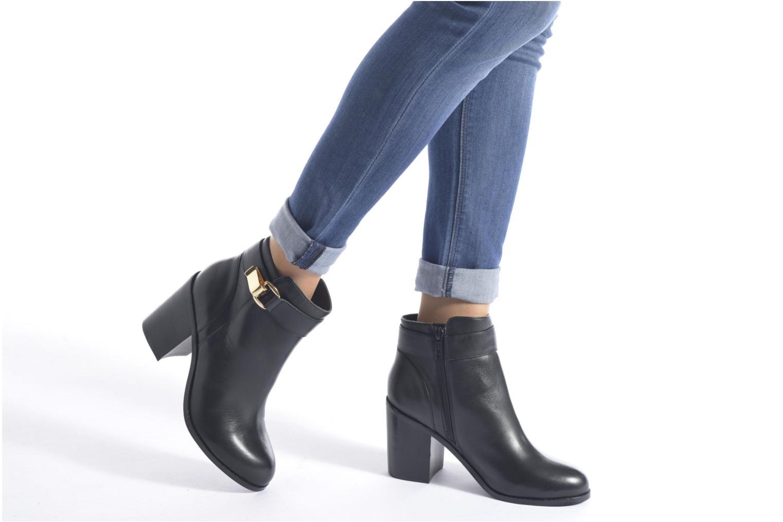 Bottines et boots Buffalo Sama Noir vue bas / vue portée sac